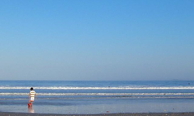 Bola e praia 1