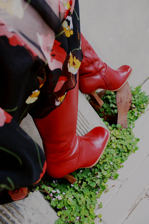 1970s dress red boots e