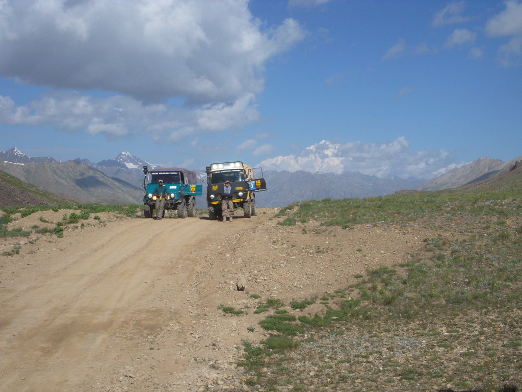 Team Unimog Punga 2011: Solitude at Altitude - 6029190655 c96a9504af b