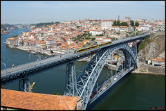Porto (Rui Nuns) Tags: city bridge cidade portugal rio river metro ponte porto douro swift flexity domlus fujifilms6500 ruinunes