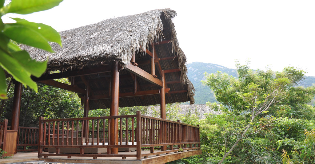 TranDucHomes timber wooden house du an nha go An Lam resort 19
