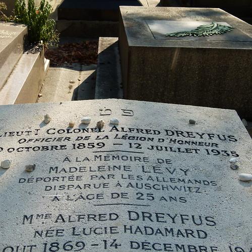 La tombe du Capitaine Dreyfus