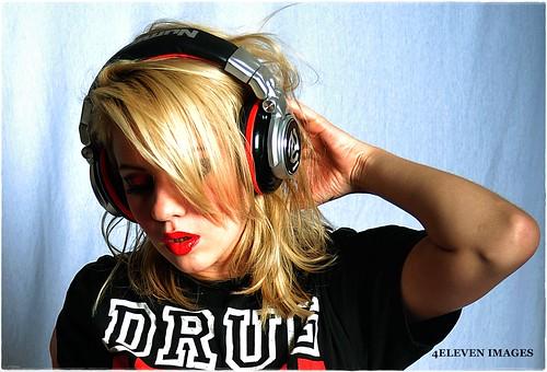 Summer set headphone shot