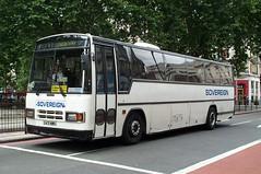 Sovereign 331 (G431 MWU) Victoria 11/8/01 (jmupton2000) Tags: london buses united 3200 paramount sovereign plaxton transdev g431mwu