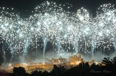 Cit de Carcassonne (rj@ubertsb) Tags: france de cit aude carcassonne feu dartifice 2011