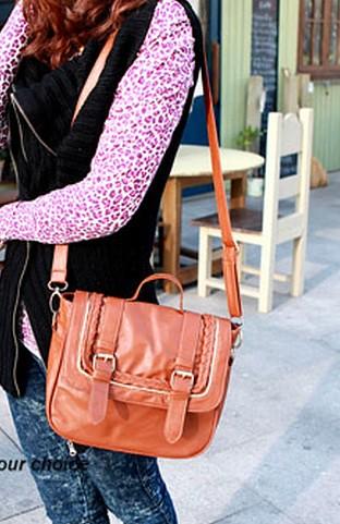 VLS 026VIVI邮差包2011新款女包LENA着用金边辫子滚边方形复古包470g