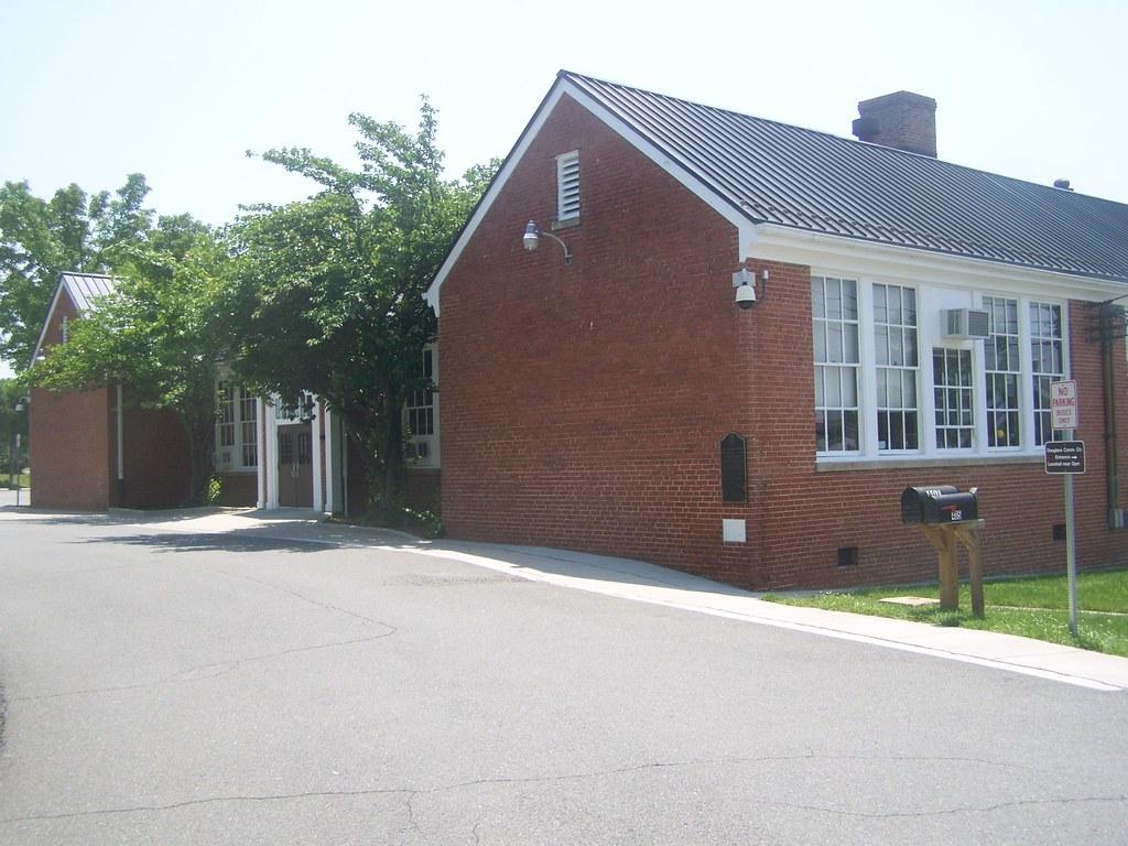 Douglass High School- Leesburg VA (1)