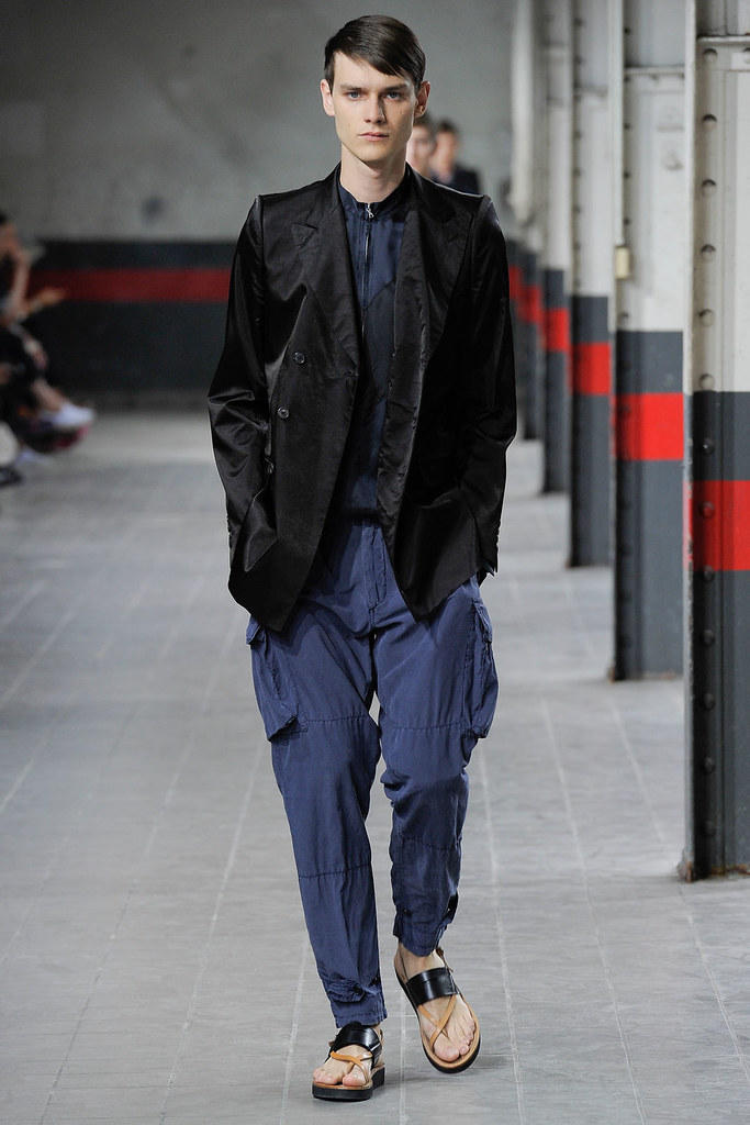 Douglas Neitzke3333_SS12 Paris Dries Van Noten(VOGUEcom)