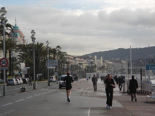 Corredores, Paseo de los Ingleses, Niza 2011, Francia/Runners, Promenade Des Anglais, Nice' 11, France - www.meEncantaViajar.com by javierdoren