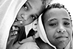 portrait of two children with big intense eyes-monastery lake tana-ethiopia (anthony pappone photography) Tags: africa travel portrait people azul barn digital canon pose children photography photo eyes child faces image bambini expression retrato african picture culture portraiture childrens afrika enfants ethiopia orthodox bahirdar ritratto reportage photograher afrique barna eastafrica phototravel etiopia etnic  etnico ethiopie etiope etnia laketana  etnica afryka childrentravel etiopija portraitsofchildren  etiopien etipia  etiopi eos5dmarkii  childrenbestphotos