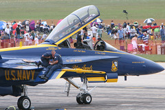 IMG_5750-1200 (arkley68) Tags: show blue training us flying airport ramp fighter air jets over navy run formation willow crew angels marines hornet boeing f18 airlines naval blueangels runway usn command thunder pilots c130 aerobatics fatalbert fa18 yip thunderovermichigan michgian