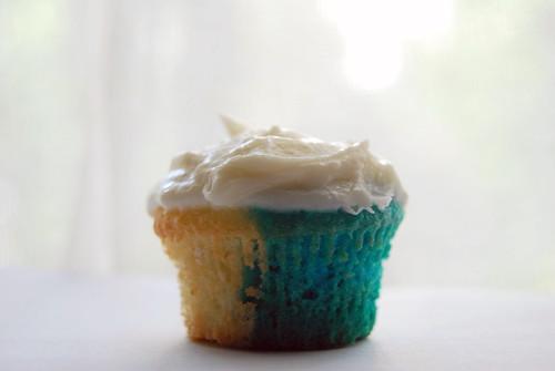 Blue Tie-Dye Cupcakes