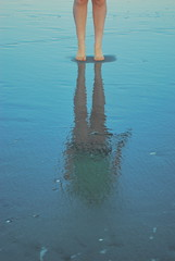 Emma (themacattack) Tags: ocean reflection beach water newjersey legs sister emma stoneharbor jerseyshore