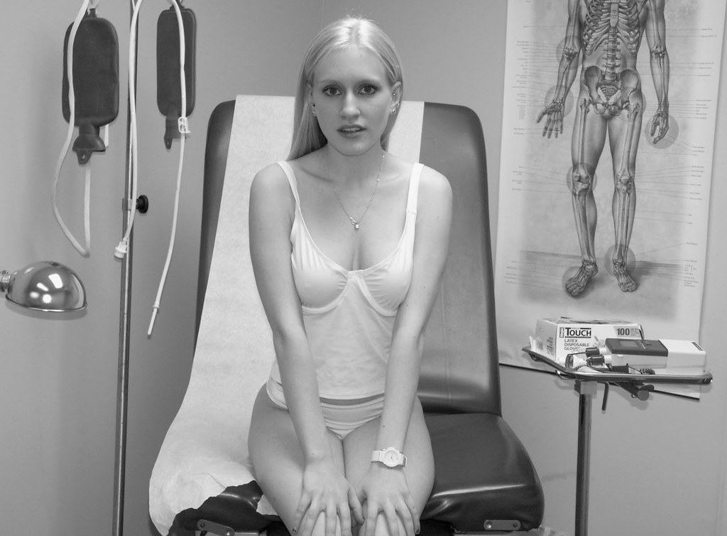 Physical gyno fetish nude female exam
