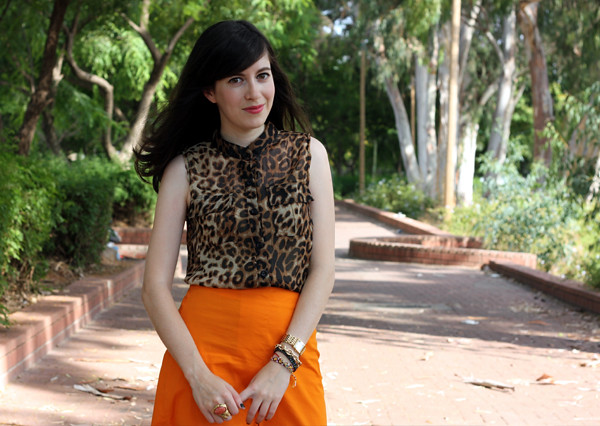 leopard_top_orange_skirt5