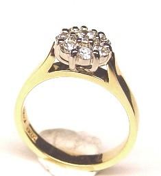 .Diamond Claw Set White Gold Yellow Gold Ring