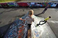 Tightrope (MrHRdg) Tags: reading caversham hillsmeadow skateboardpark graffiti son freeassociation