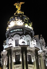 edificio metropolis (danielnanreik) Tags: world madrid blue sleeping white mountain black color roma tree castle church beauty architecture river de real spain catholic view cathedral roman stadium soccer military south muslim disney seville andalucia aqueduct spanish toledo seats segovia alhambra granada universidad alcazar vista moor academy futbol fortress ronaldo alcala bernabeau medievial hernares