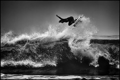 Huntington Beach US Surfing Open (szeke) Tags: ocean california usa landscape us losangeles niceshot unitedstates pacific surfer surfing huntingtonbeach noiseware 2011 imagenomic canon100400is tumblr canon7d niksilverefex mygearandme