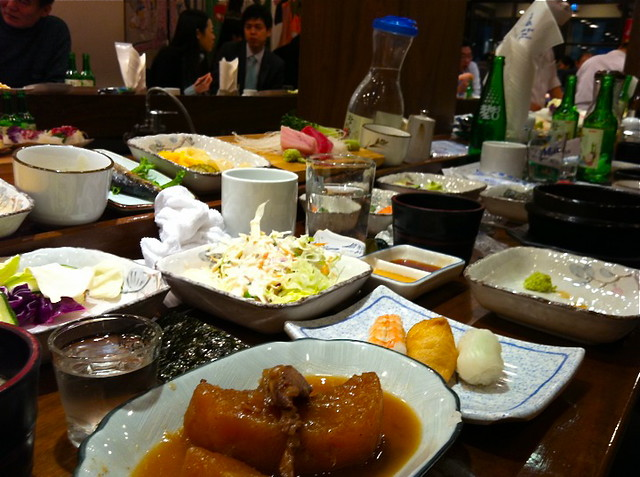 Seoul Food: Lee Chun Bok: Korean Tuna Buffet