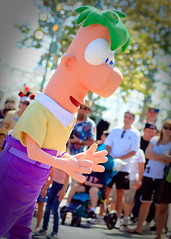 ~Phineas & Ferb Dance Party~ (SDG-Pictures) Tags: california costumes canon fun dance dancing joy performance performing disney entertainment characters perform southerncalifornia orangecounty anaheim danceparty dca enjoyment themepark californiaadventure entertaining disneycaliforniaadventure disneylandresort disneycharacters paradisepark disneylandcharacters ferb 7911 phineasandferb takenbystepheng july92011 disneyscalifornmiaadventure phineasandferbsrockinrollindanceparty phinieas