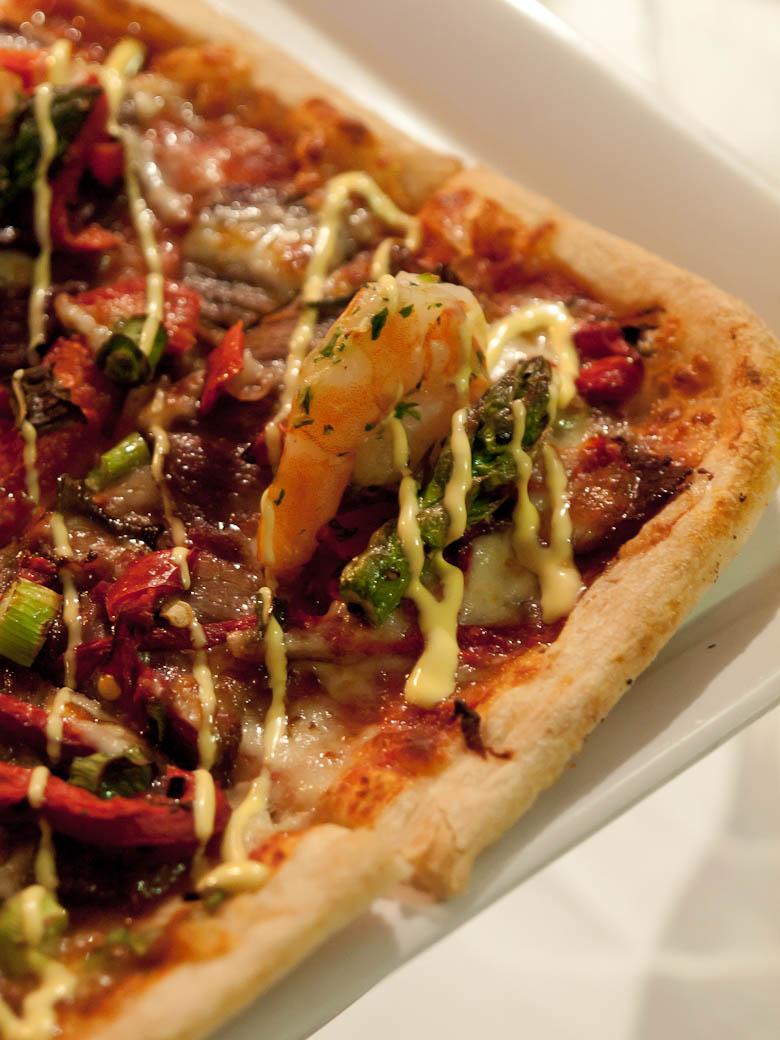 Crust Pizza - Waygu Prawn