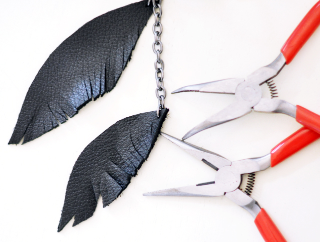 DIY leather feather keyfob 8