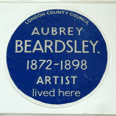 Photo of Aubrey Beardsley blue plaque