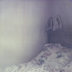 (des.i.ree) Tags: film corner polaroid sx70 bed bedroom artistic time crystal moms integral instant week amethyst expired zero roid linens 0909 2011