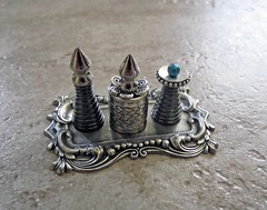Miniature Medieval Silver Potions Set~1:6th and 1:4th Scales
