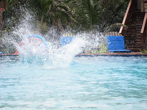 Papa's cannonball splash