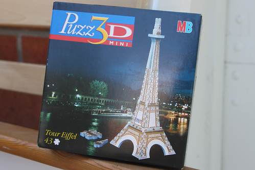 Eiffel Tower. Puzzle