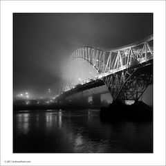 Runcorn Bridge (Ian Bramham) Tags: bridge river photo cheshire image bridges photograph mersey merseyside widnes througharch d40runcornbridge