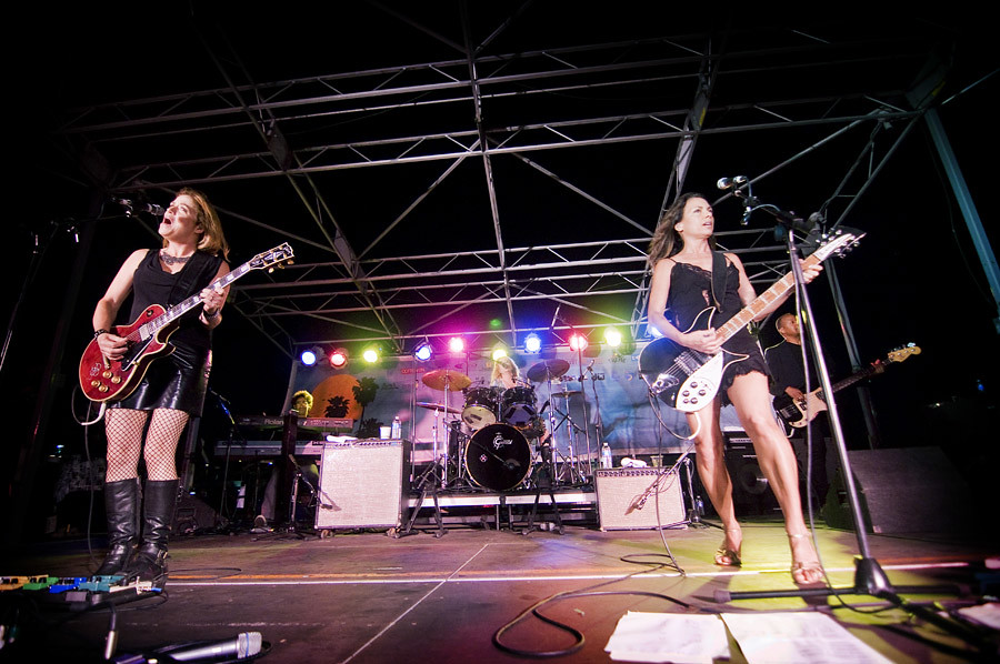 The Bangles performs on Santa Monica Pier