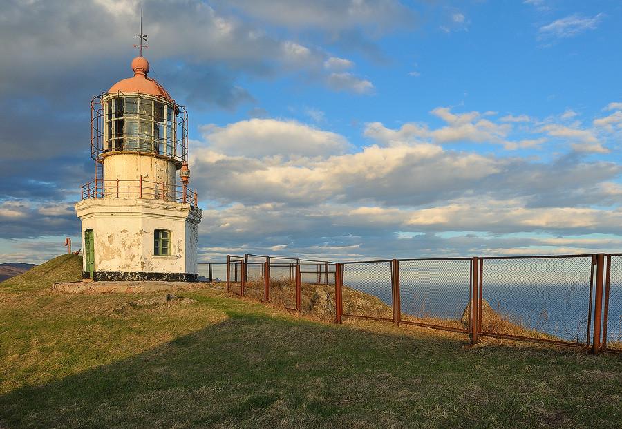 Lighthouse Povorotny