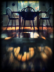 Scenes from Home - Morning Light (Anne Worner) Tags: light shadow backlight lensbaby wefi composerpro