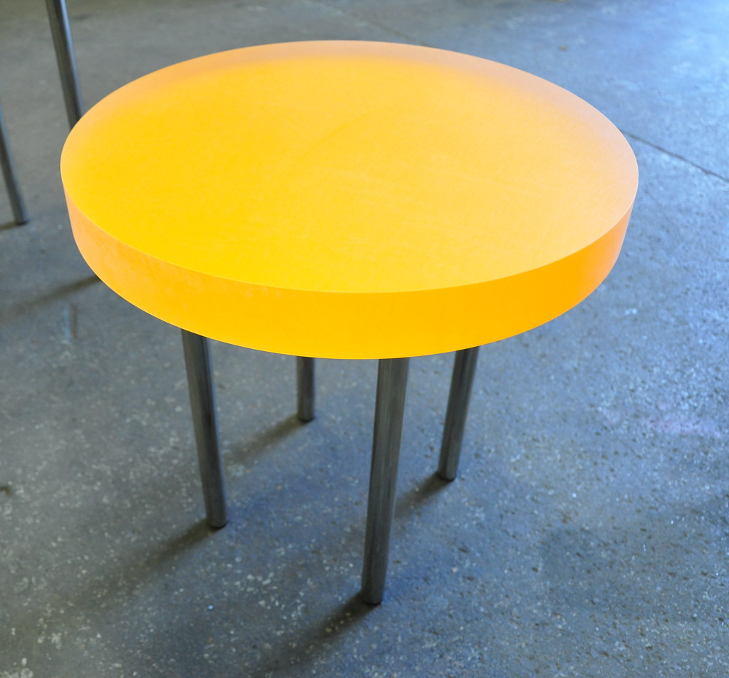 orange table 01