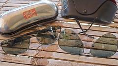 glass sunglasses leather aluminum ray case ban polarized aviator