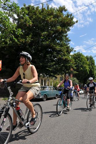 Sunday Parkways NW 2011-20-19