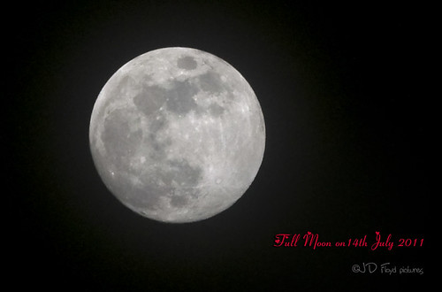Moon full on July14-2011 -800
