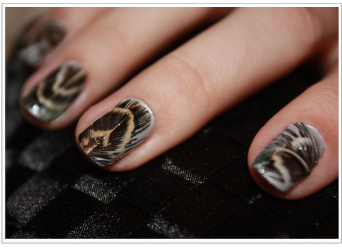 featherNailsManicureDIY