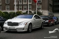 Twins! (Richard de Heus) Tags: red white black london sheraton coupe combo maybach xenatec cruisero