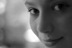 Tinker Bell (occhi di lisa) Tags: portrait bw face nikon child d70 bokeh occhi sguardo letizia ritratto fata annalisa trilly occhidilisa