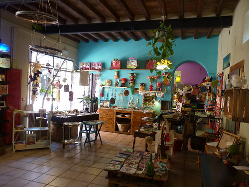The Ghirigoro, great indie shop by la casa a pois