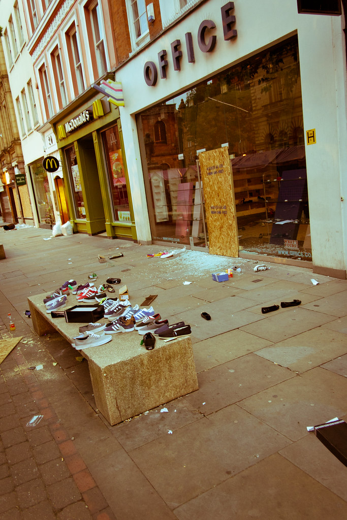 Manchester Riots Aftermath (40 of 44)