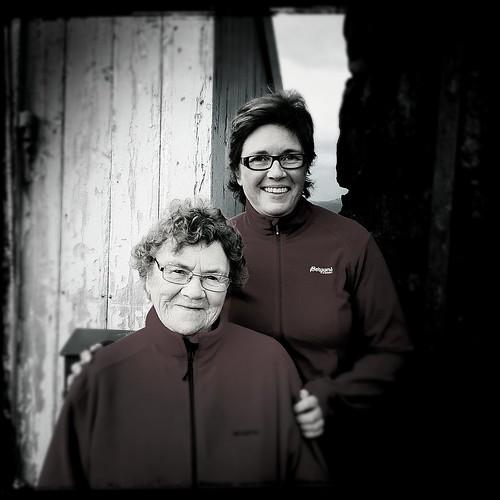 Mor og tante Astri