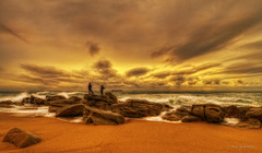 Looks Like a Storm (Paulie M2010) Tags: sunset beach shining hdr newvision highenergyplaces bestcapturesaoi mygearandme rockpaperexcellence peregrino27newvision