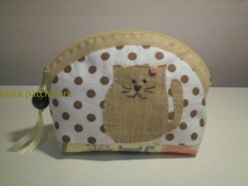 Mini Necessaire Gatinho by tania patchwork