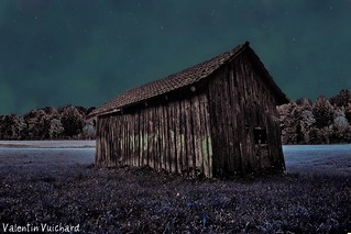 _24_00031_abc - Switzerland, Gruyère Region - Old hayloft. Cabanon-fenil des Mollenchires - At night 2, alt. 905m.