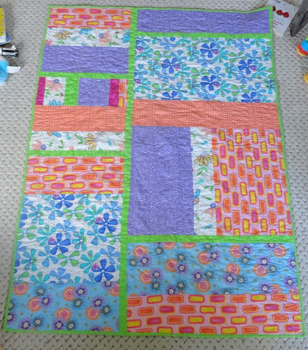 Modern baby quilt by Ramble Queen